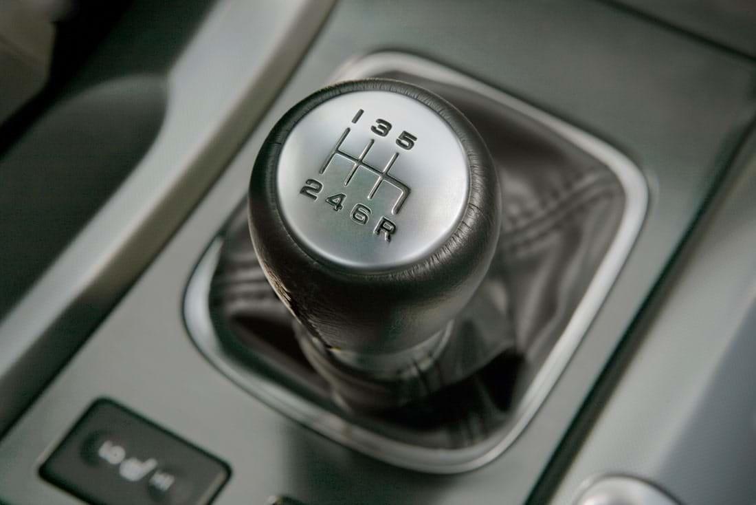 Cần số của xe hơi số sàn